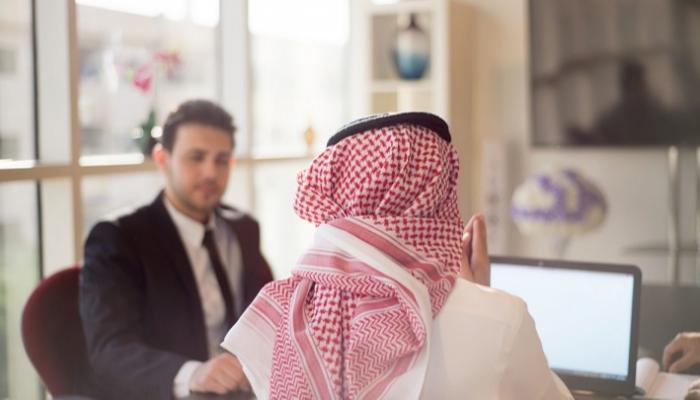 عالم العمل في المملكة العربية السعودية وإجابة أهم الأسئلة حوله صناع المال
