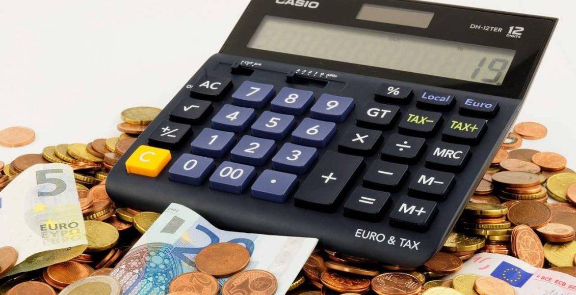 استعلام عن المقابل المالي وزارة العمل عبر أبشر وكيفية استخدام حاسبة الاستعلام عن رسوم المرافقين صناع المال